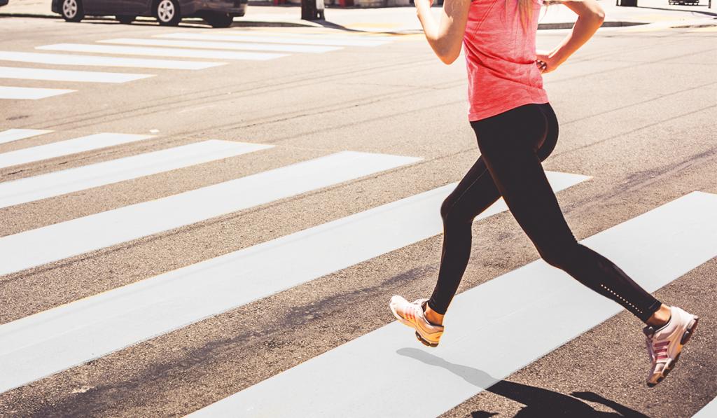 Der Grund, warum Bewegung mit Reizdarm und Unverträglichkeiten wichtig ist