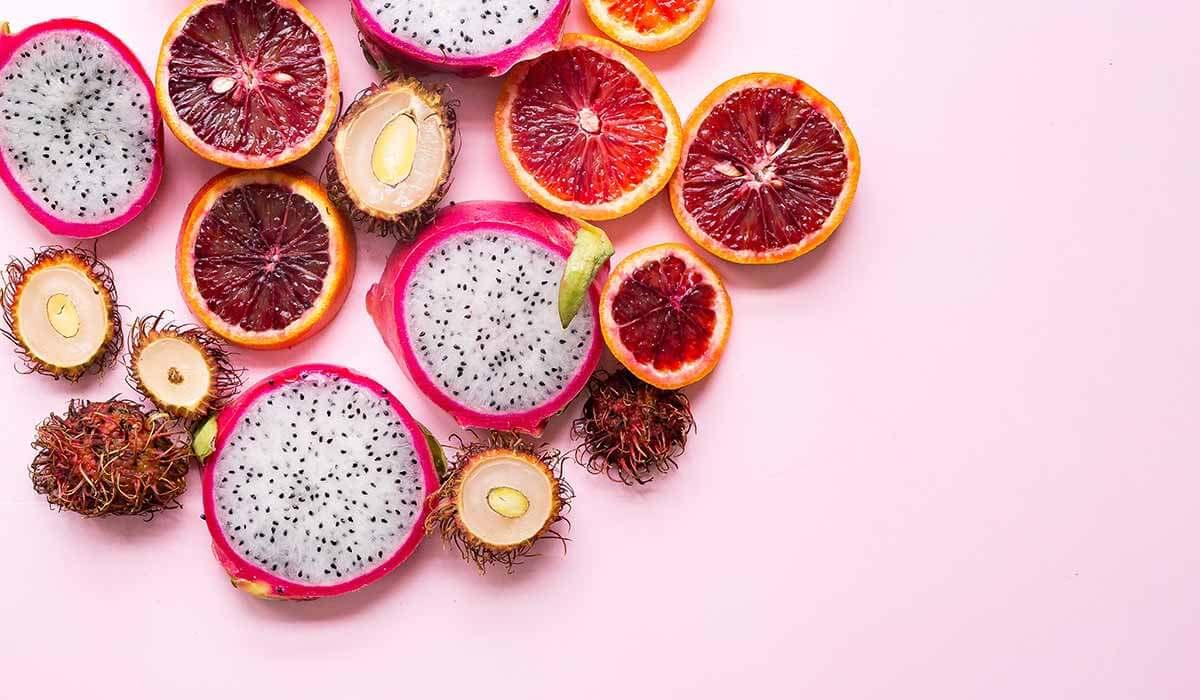 Bei Fructoseintoleranz die gesunde Ernährung. Wenn du noch mehr Tipps & Motivation brauchst, um deine Nahrungsmittelunverträglichkeit, Lebensmittelunverträglichkeit oder deinen Reizdarm in den Griff zu bekommen, dann schau gerne auf meinem Blog www.weglasserei.de vorbei. Dort zeige ich dir, wie du die Ernährungsumstellung am besten angehst. Außerdem findest du leckere FODMAP-arme Rezepte, die glutenfrei, laktosefrei, fructosearm und bei Reizdarm bekömmlich sind.