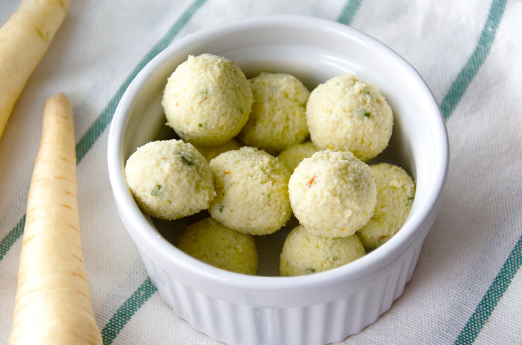 Würzige Hirseklöschen aus Hirse und Gemüsebrühe ohne Geschmacksverstärker