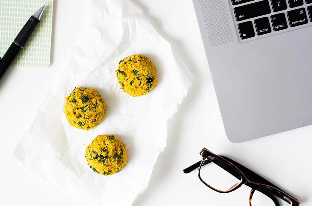 Gesunde Snacks für zwischendurch sind perfekt fürs Büro