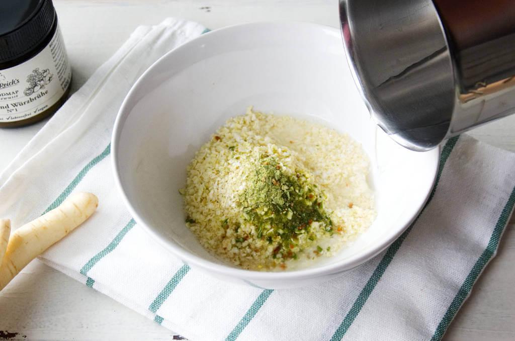 Blitzschnell werden Suppenklöschen aus Hirse und Gemüsebrühe ohne Geschmacksverstärker