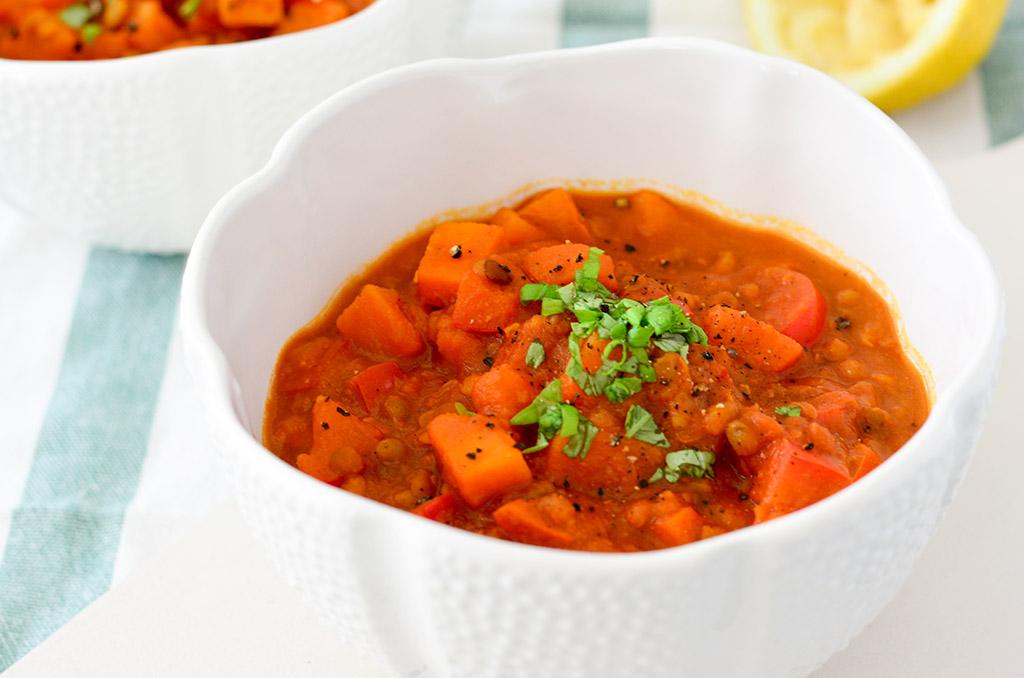 Glutenfreies Kürbis Curry mit Linsen