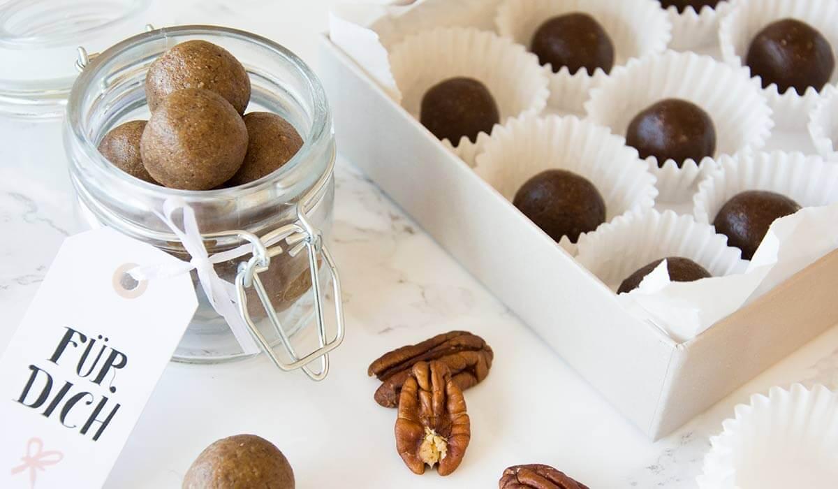 Laktosefreie Pralinen mit Schokolade und Lebkuchen